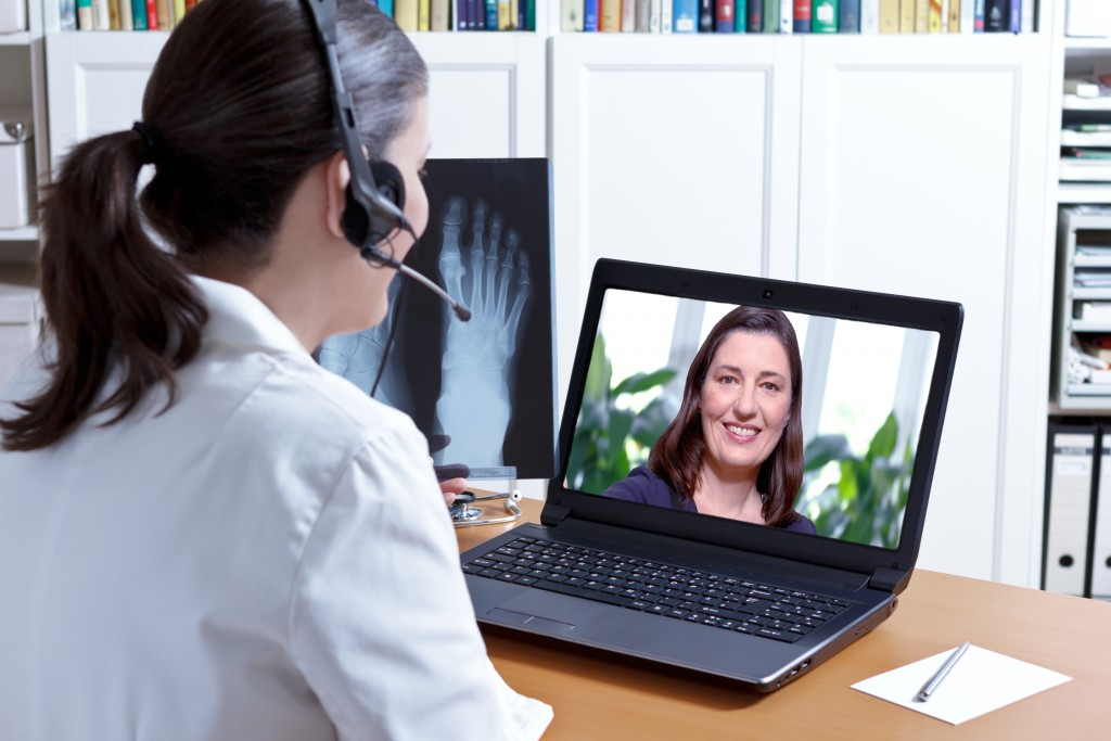 doctor meeting a patient virtually